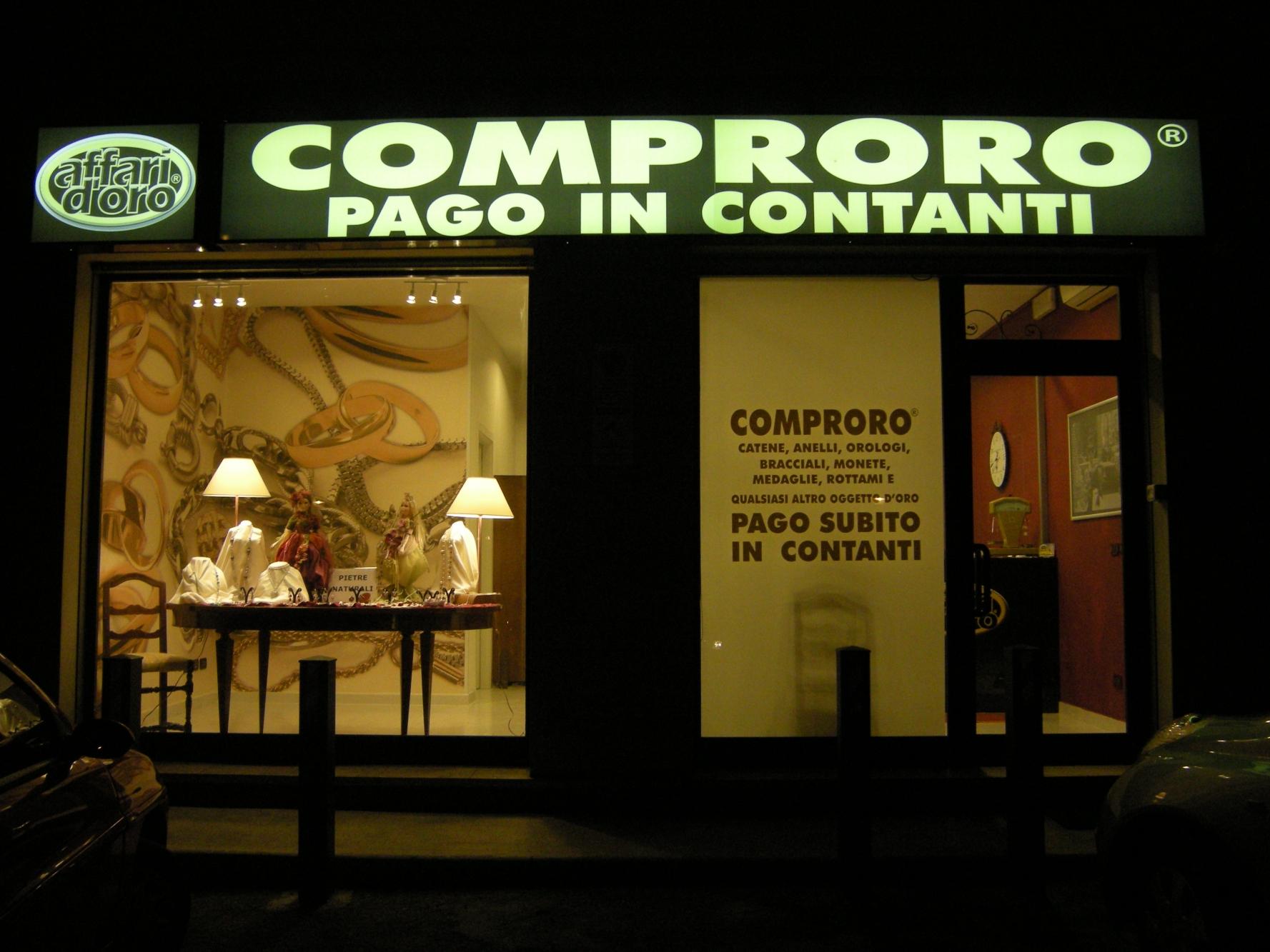 Arredamenti comproro bologna arredamenti gioiellerie for Arredamenti bologna e provincia